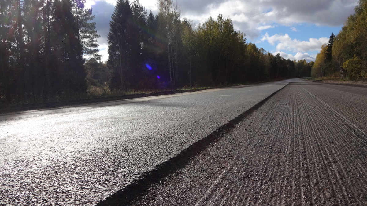 Подрядчик за свой счет переделывает некачественные работы на дороге Ярославль – Шопша
