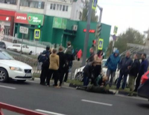 На Московском проспекте в Ярославле сбили девушку