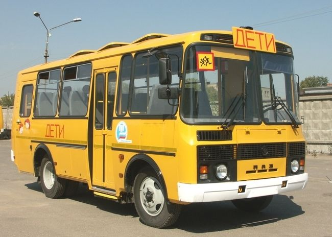 Система ГЛОНАСС отслеживает передвижение всех школьных автобусов региона