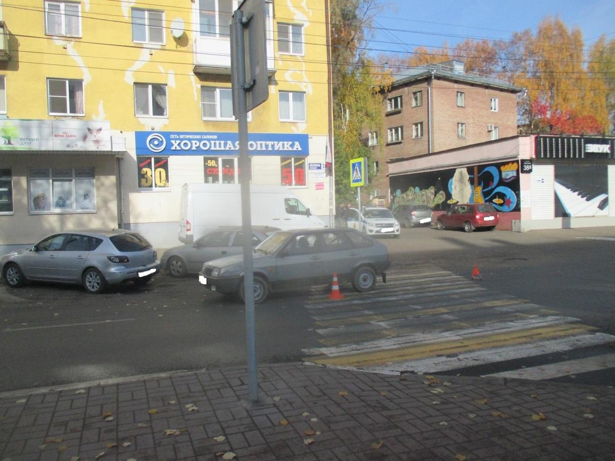 На проспекте Ленина в Ярославле ВАЗ сбил пешехода