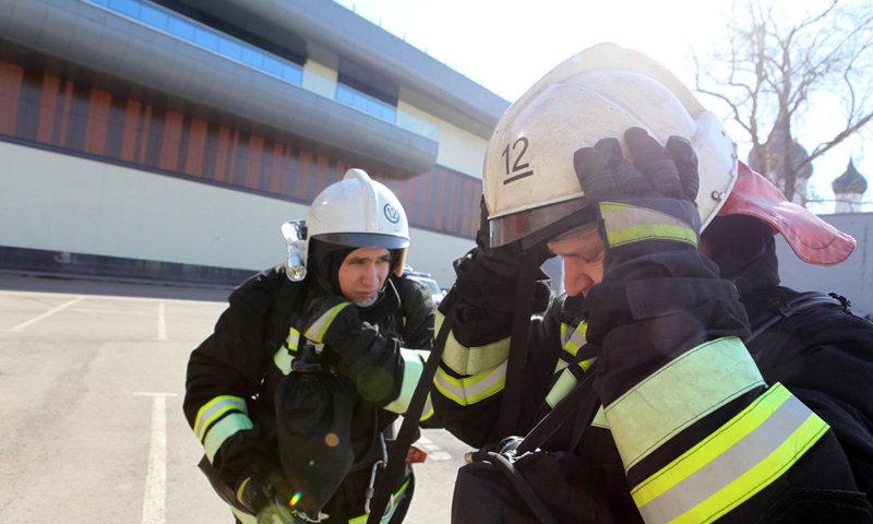 Десятки пожарных и скорая у «Ауры» в Ярославле: что происходит
