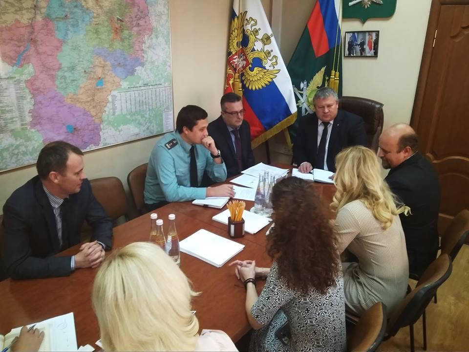 Судебные приставы заинтересовались работой Почты России