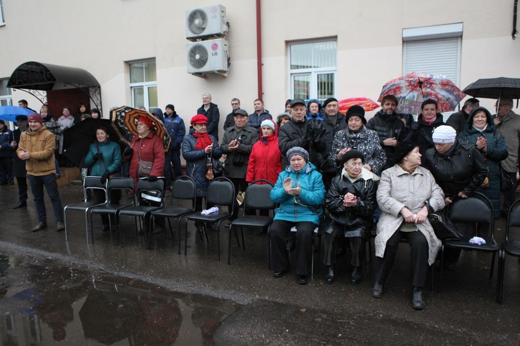 На ярославском предприятии торжественно вскрыли капсулу с посланием потомкам