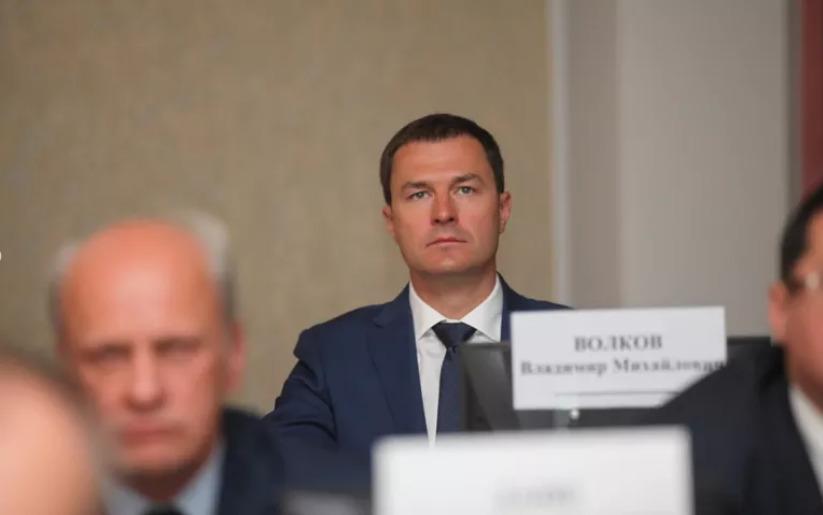 И.о. мэра Ярославля Владимир Волков перенес традиционное пятничное заседание на понедельник
