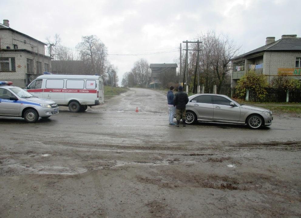 В Ярославской области пьяный водитель сбил на дороге пенсионерку, которая позже скончалась в больнице