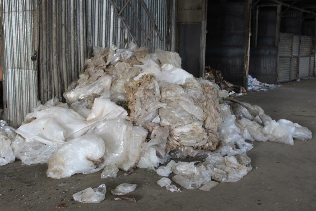 С начала сентября на вторичную переработку направлено более 370 тонн отсортированных отходов