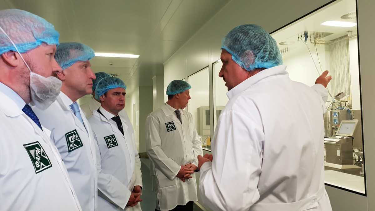 Дмитрий Миронов и Игорь Шувалов посетили ярославский завод «Р-Фарм»