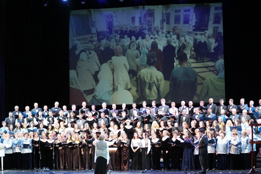 Возрождение двух монастырей в центре Ярославля отметили большим фестивалем искусств