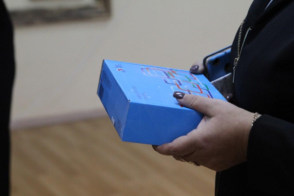 Двум детским домам в Рыбинске подарили телевизионные приставки