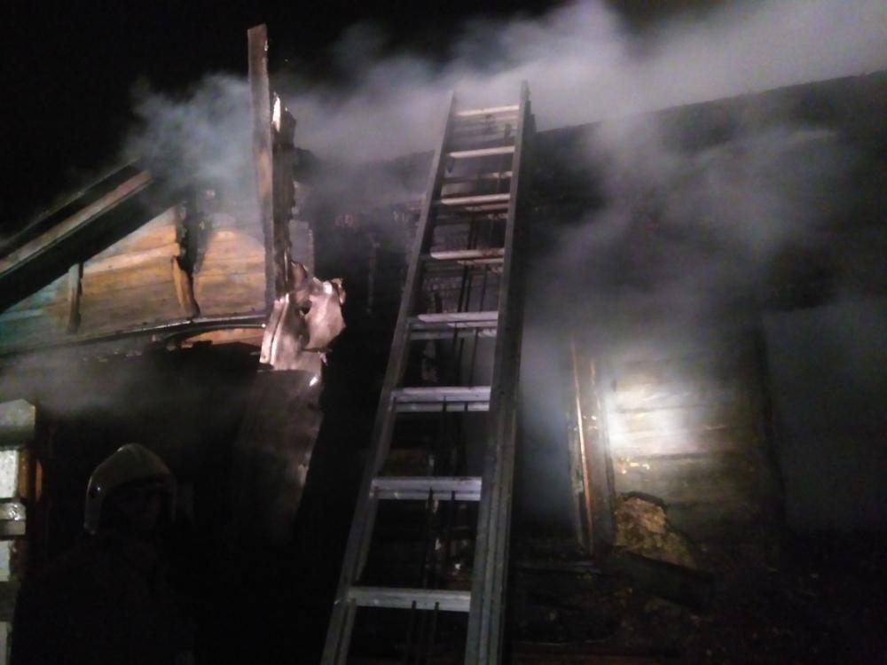 При пожаре под Ярославлем погиб мужчина