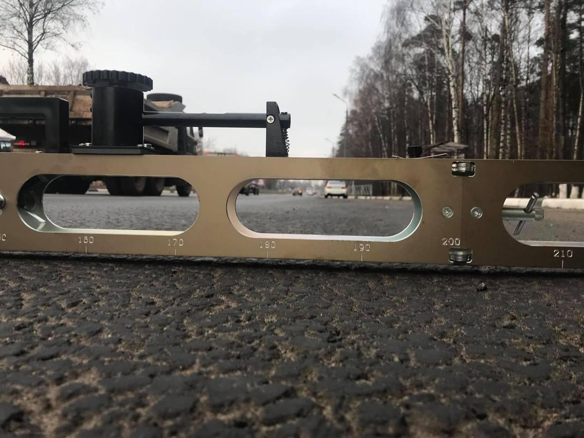 В Ярославле общественники проверили проспект Авиаторов на колейность