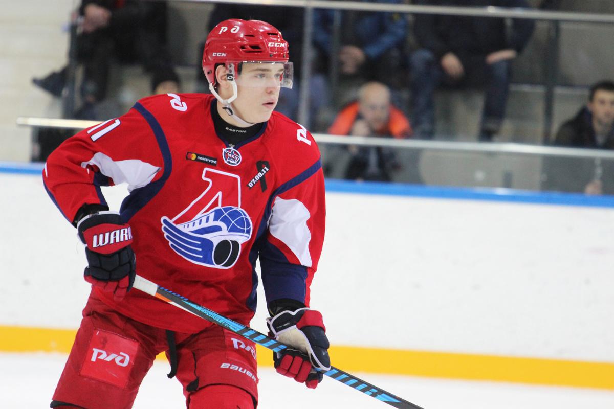Нападающий «Локомотива» получил серьезную травму в матче за сборную России