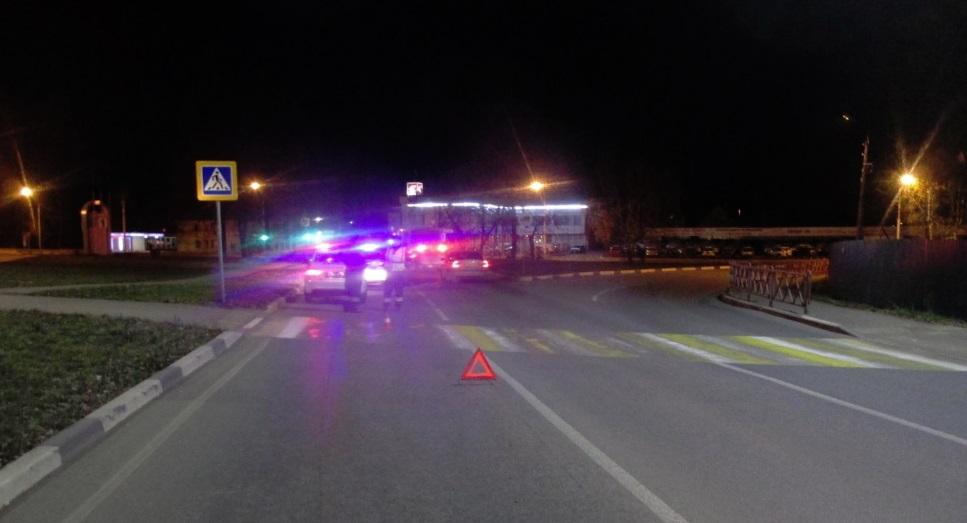 В Ярославле внедорожник на «зебре» сбил пешехода