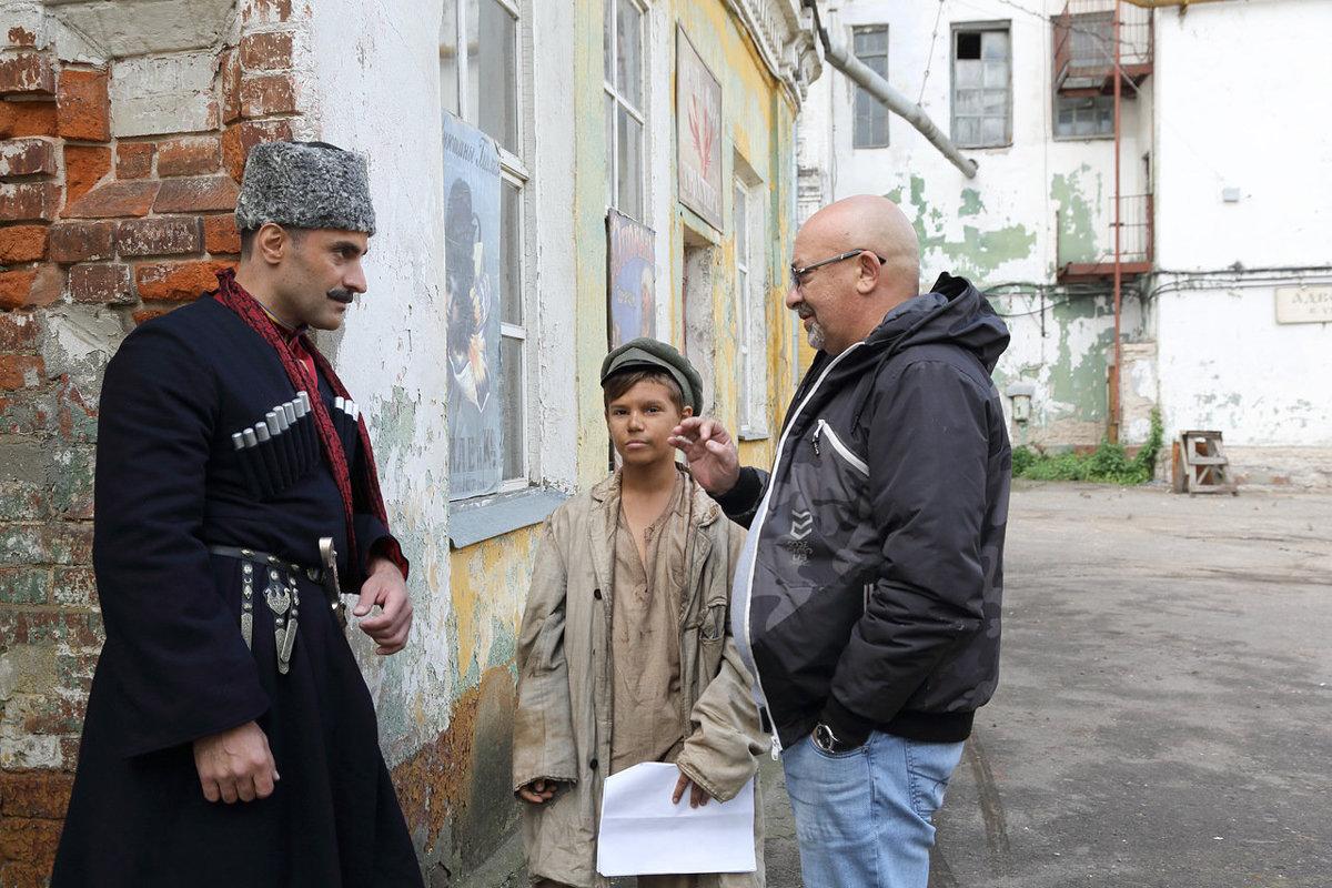 Из митрополита в чекисты. Командир патриотического отряда из Ярославля снялся в пяти фильмах