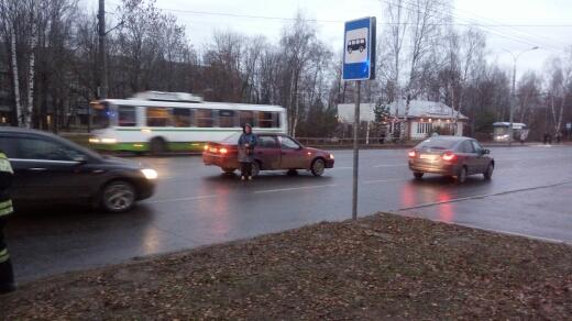 Ледяной дождь спровоцировал серию ДТП с пострадавшими в Рыбинском районе