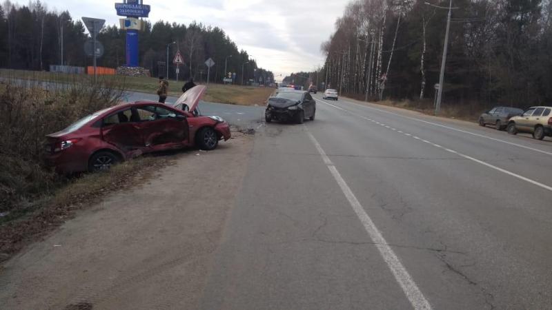 Два человека пострадали в ДТП на трассе М8 в Ярославской области