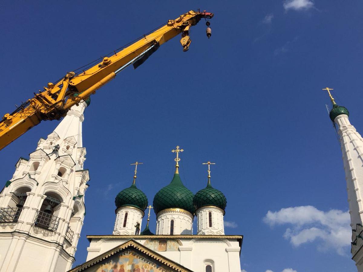 В Ярославле завершилась реставрация крестов церкви Ильи Пророка