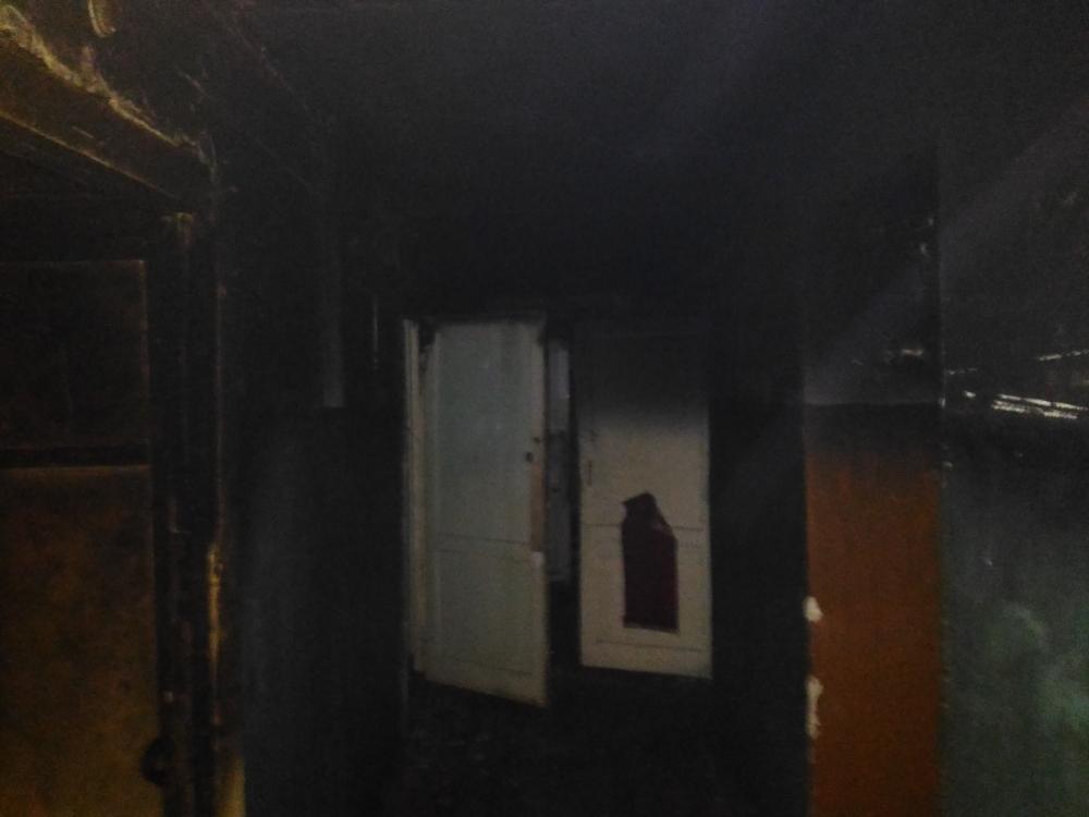 Жильцов общежития в Рыбинске эвакуировали во время пожара