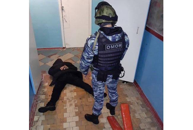 Переполох в магазине Рыбинска: покупатель угрожал продавцу «автоматом» Калашникова