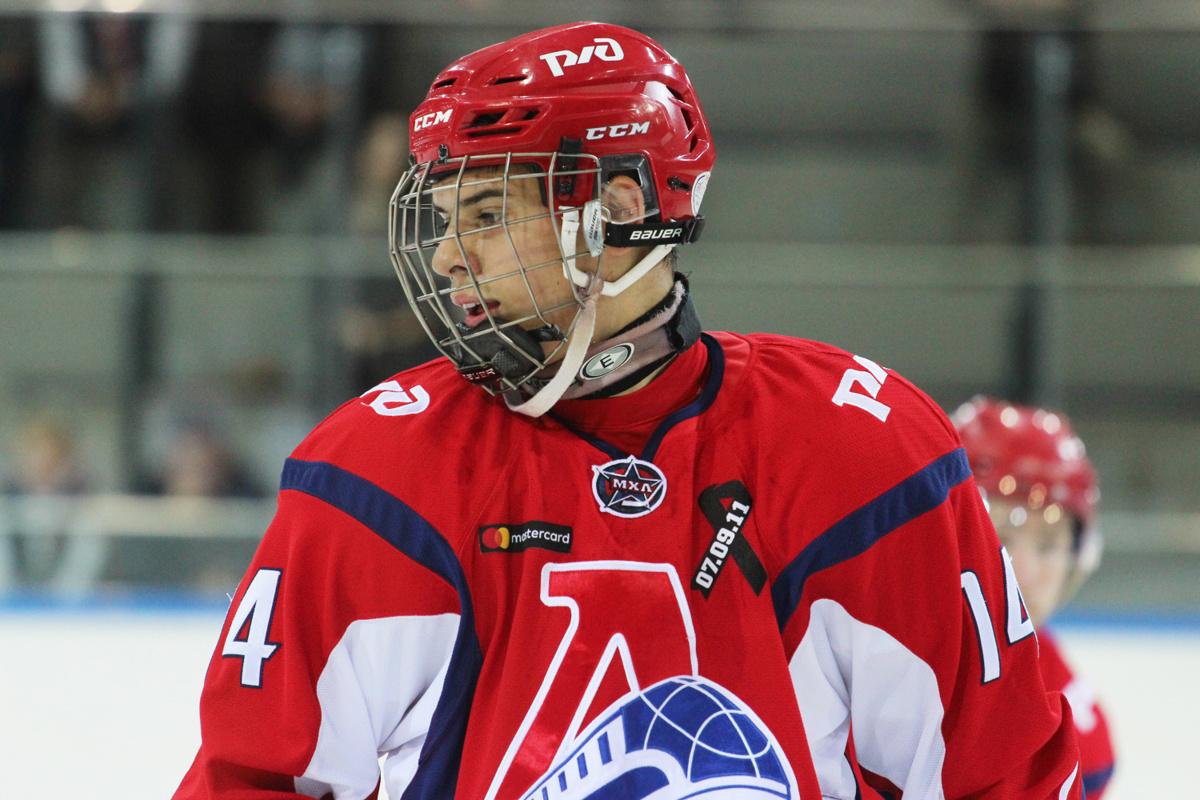 «Локомотив» отправил двух игроков в команду ВХЛ