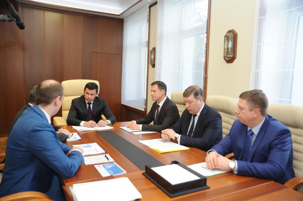 Дмитрий Миронов: Необходимо принять все меры, чтобы обеспечить электричеством земельные участки для многодетных семей