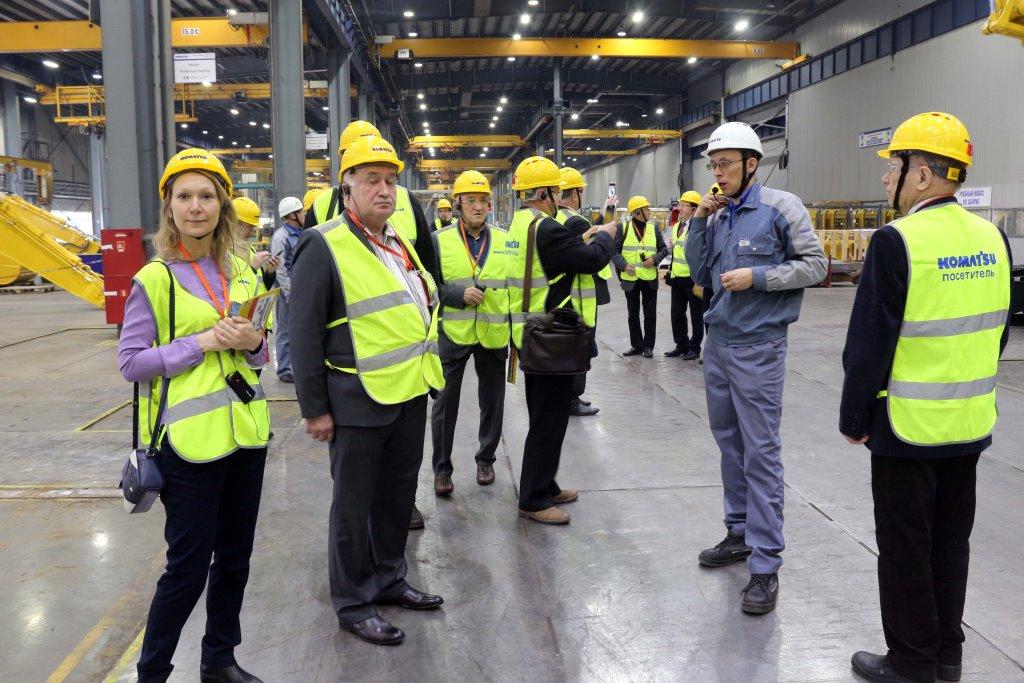 Представители областной Общественной палаты и завода «Комацу» обсудили вопросы участия бизнеса в социальных проектах