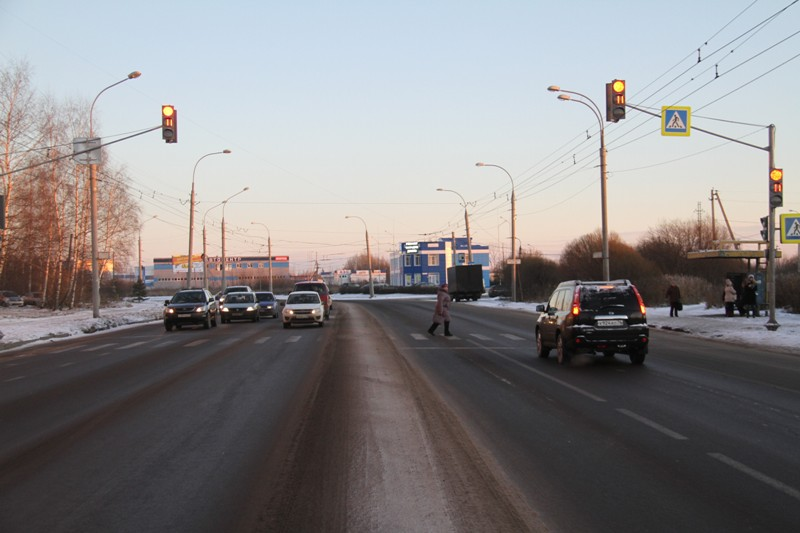 На проспекте Революции в Рыбинске установили новый светофор