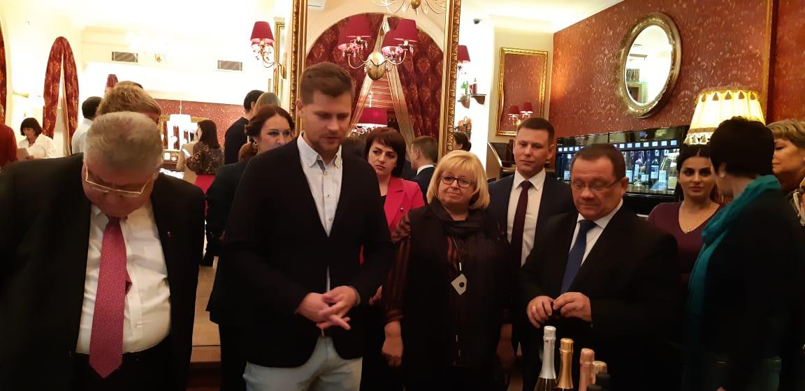 В Ярославле обсудили вопросы сотрудничества с севастопольскими виноделами