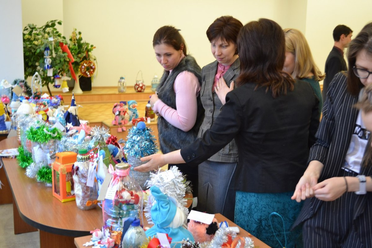 Ярославские елки украсят игрушками, сделанными детьми