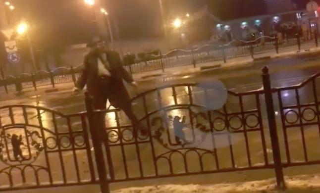 В центре Ярославля пьяный пират устроил дебош