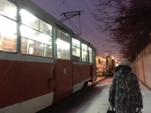 У моторного завода в Ярославле встали трамваи