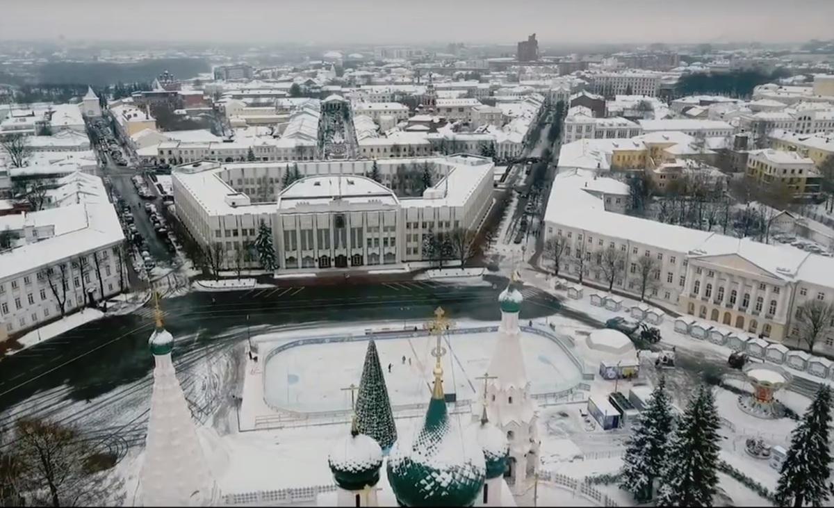 На этой неделе откроется каток на Советской площади в Ярославле