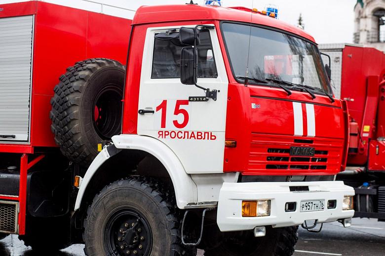 В Ярославле три дня горела несанкционированная свалка