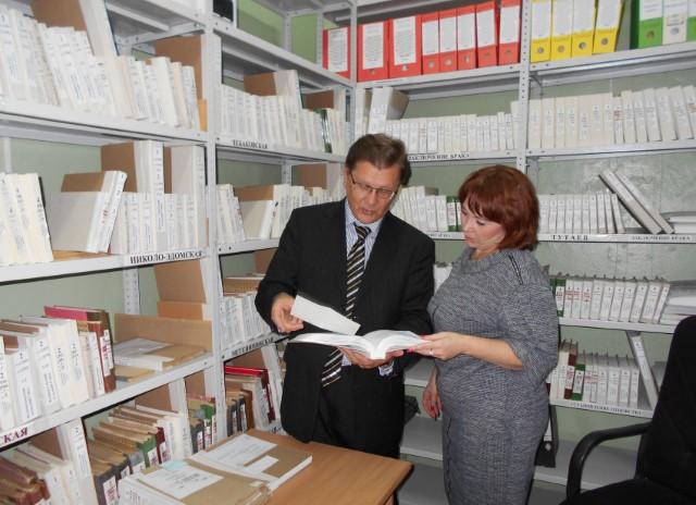 Новая система работы органов ЗАГС сделала процесс получения необходимых документов более доступным - Колесов