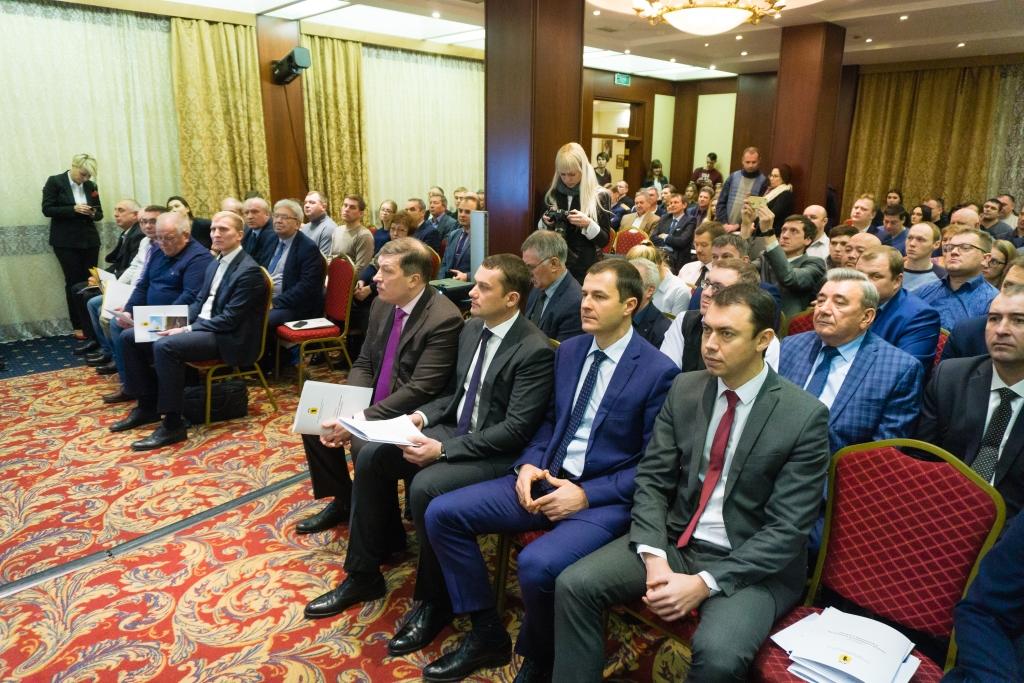 Новые стандарты и современные технологии в дорожной отрасли обсудили в Ярославле