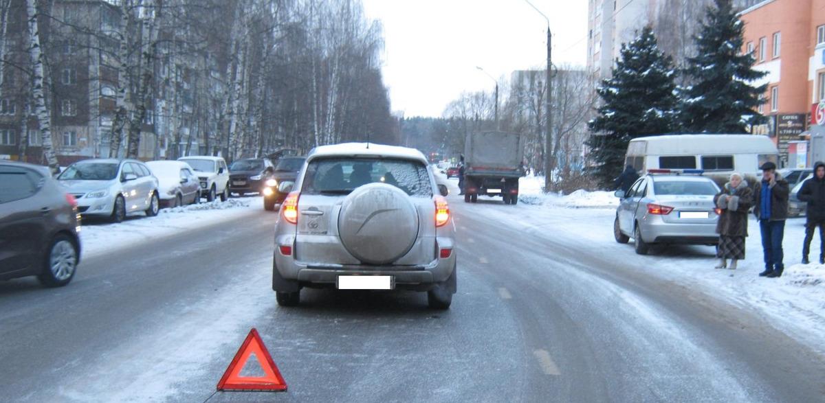 В Ярославле водитель внедорожника сбил пешехода