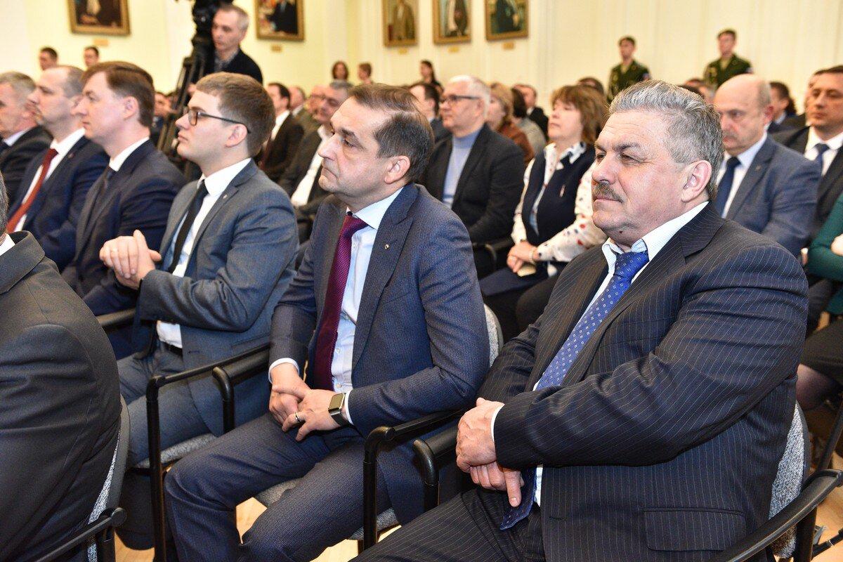 В Ярославле в должность мэра вступил Владимир Волков