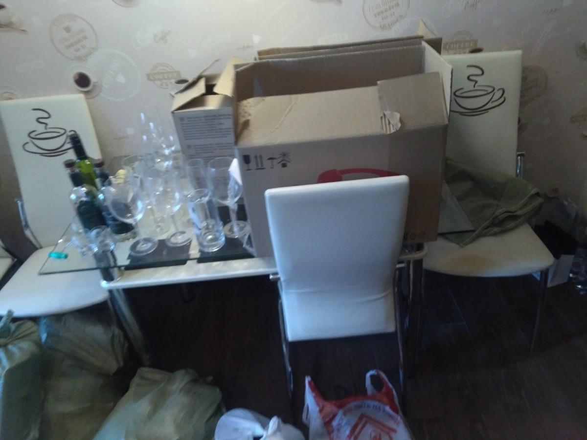 В Ярославле из квартиры выселили супругов, которые отказались съезжать после продажи недвижимости