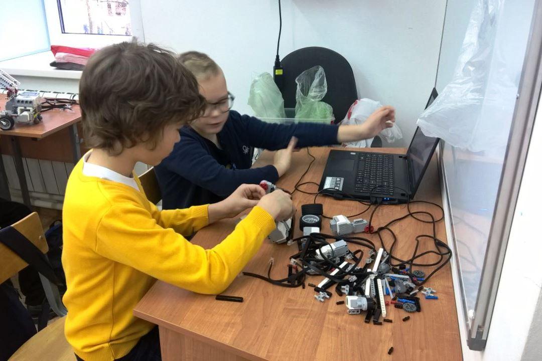 В Ярославле открылся фестиваль «РобоФест»