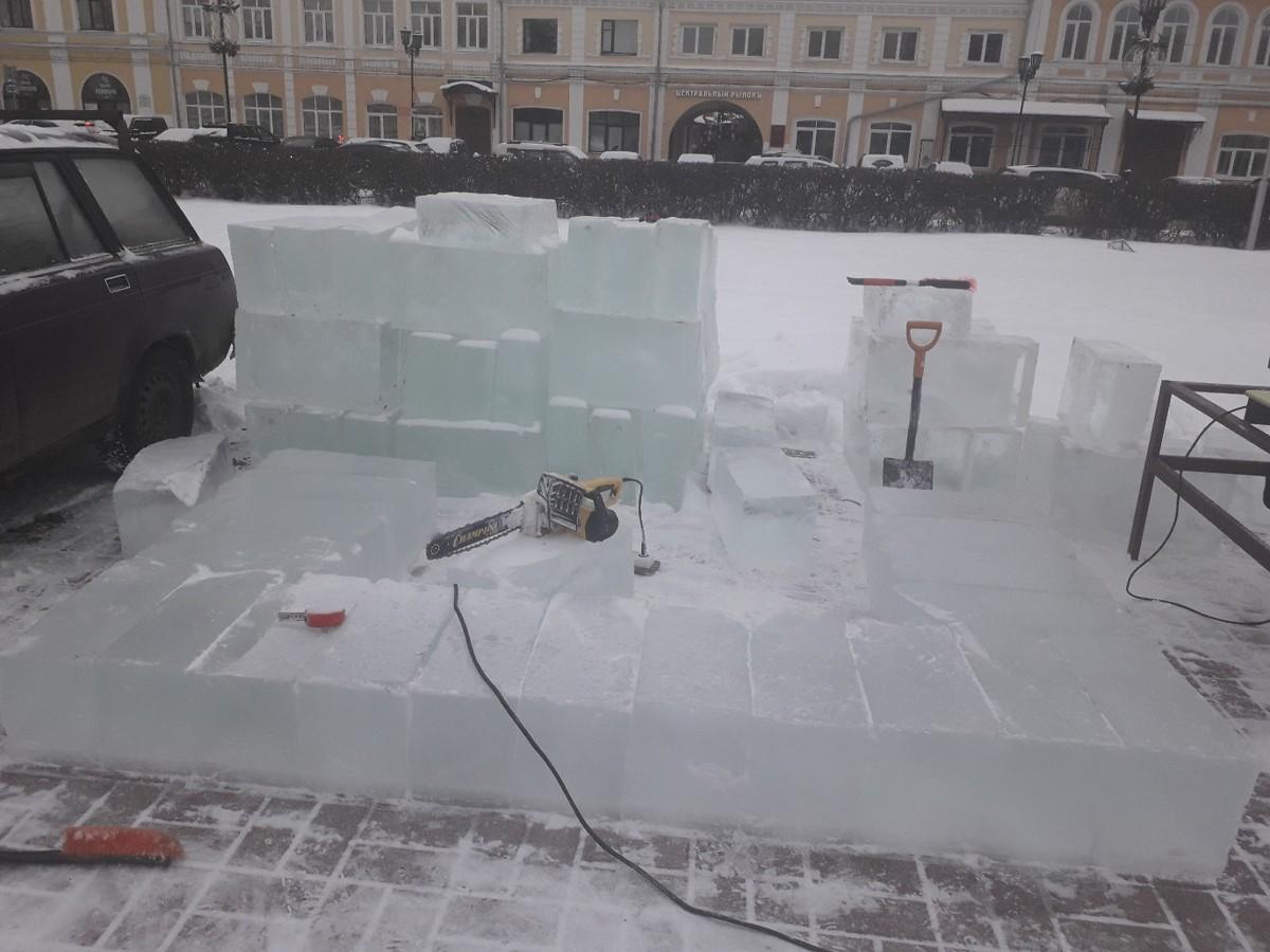 В центре Ярославля появится многотонная ледяная скульптура медведицы