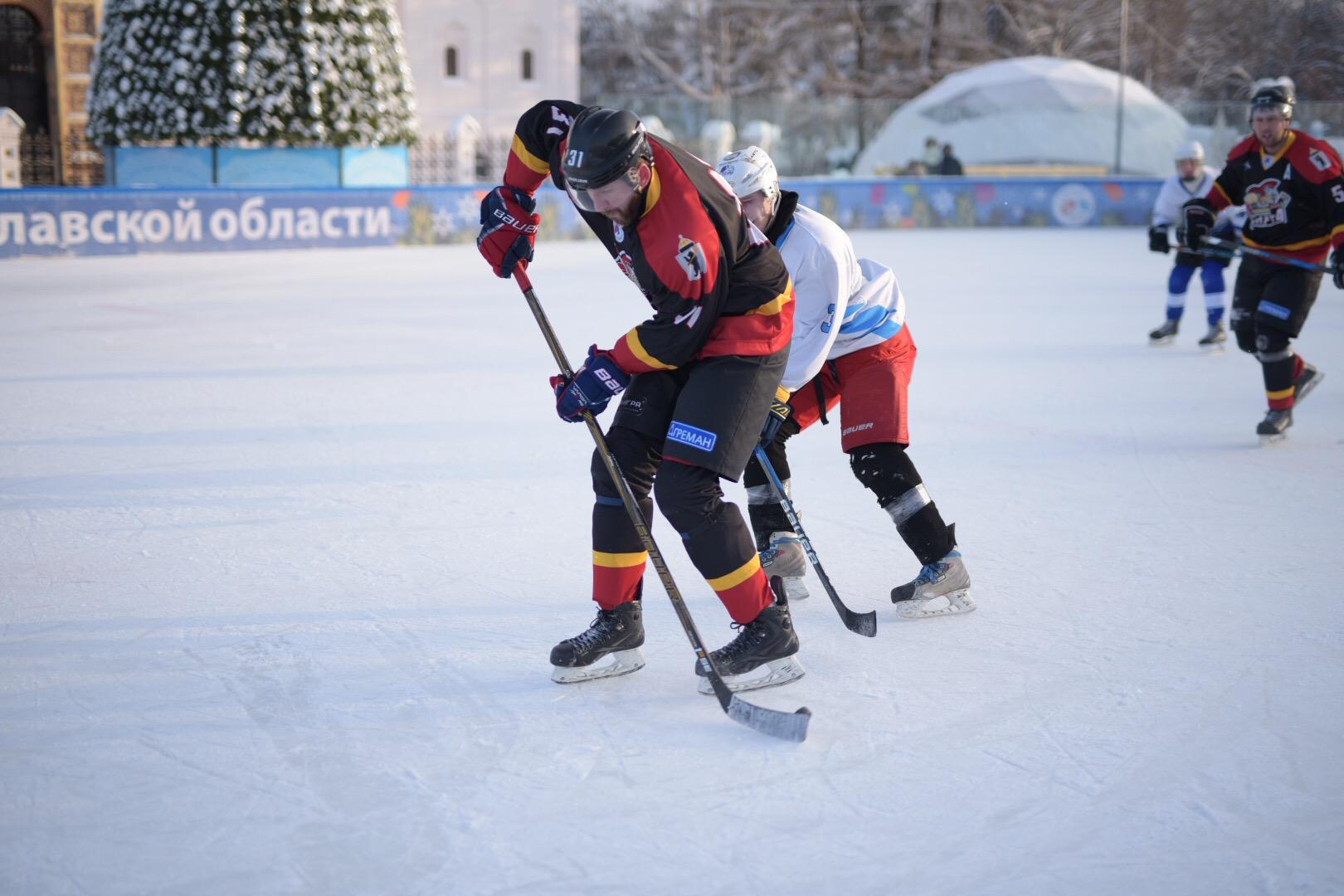 «Ярославская легенда – 17» стала победителем хоккейного турнира «Студеный лед»