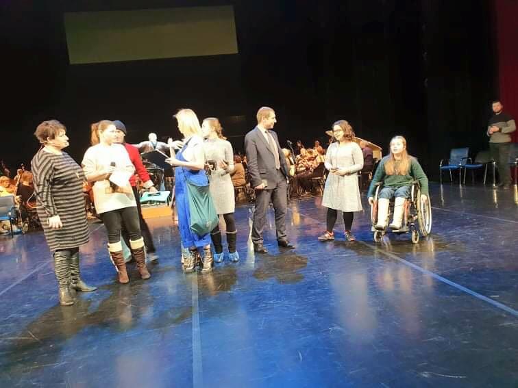 В «Миллениуме» состоялась генеральная репетиция спектакля «Мы все из одной глины»