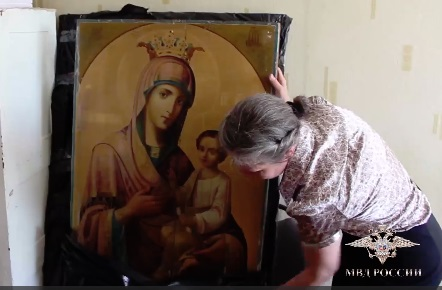 Ярославцы украли на Тамбовщине редкие иконы