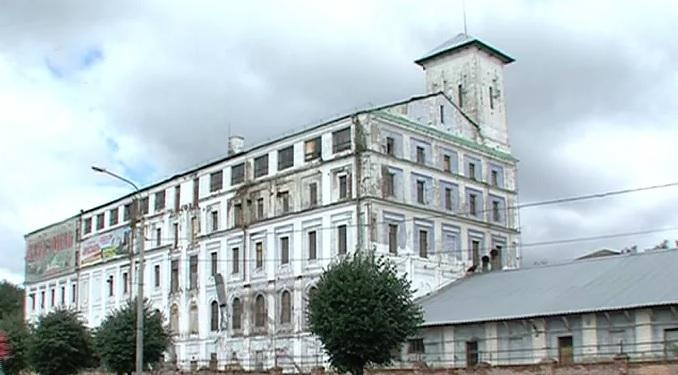 Прокуратура требует закрыть доступ в здание бывшего мукомольного завода