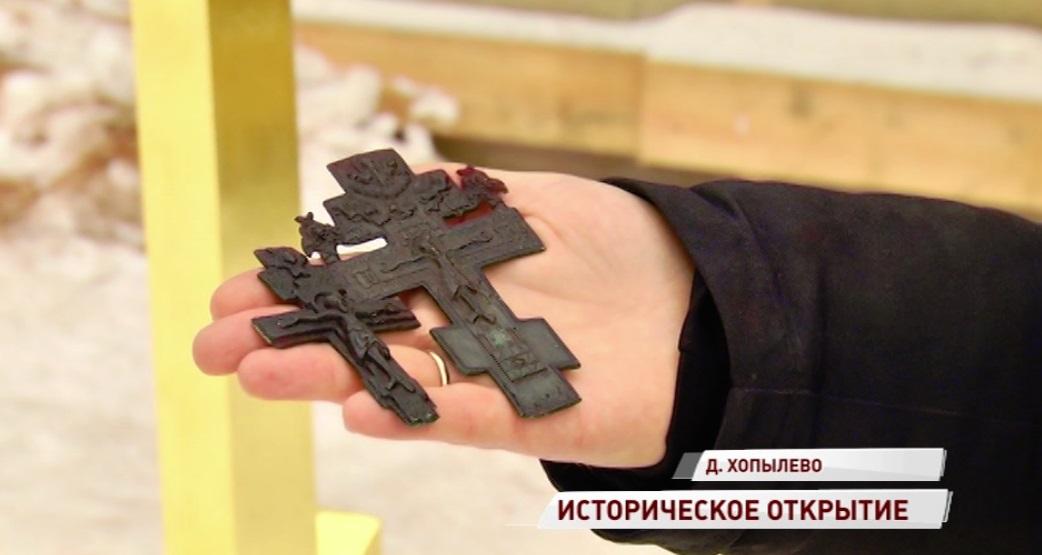 Два старинных креста обнаружили при реставрации собора в Рыбинском районе