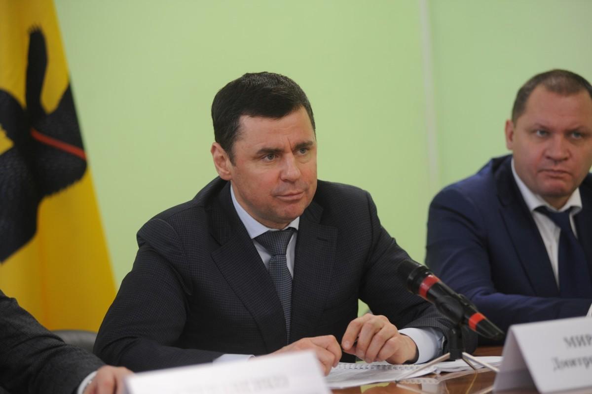 Дмитрий Миронов провел встречу с общественностью Брейтовского района