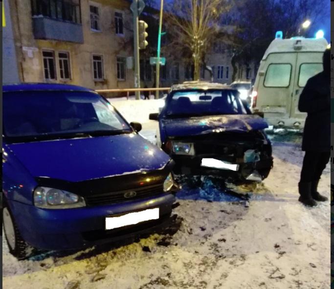 В Рыбинске при столкновении легковушек пострадал человек