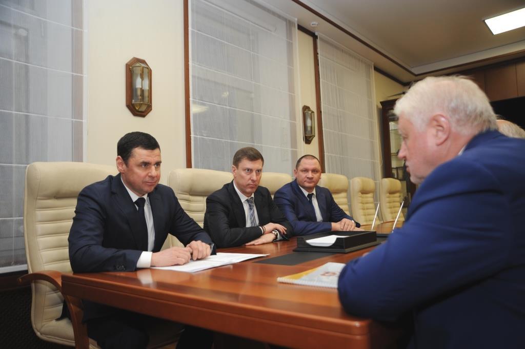 Дмитрий Миронов: Правительство области ориентировано на диалог со всеми конструктивными политическими силами