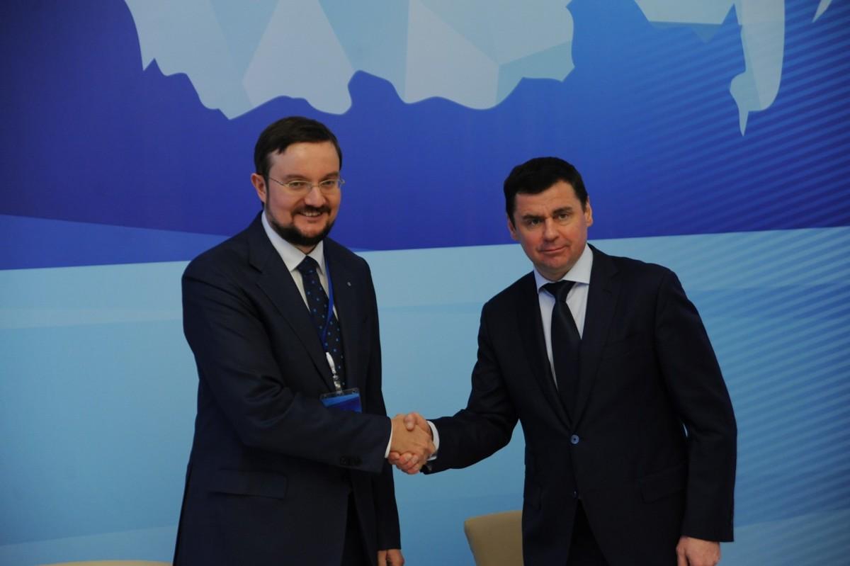 Дмитрий Миронов подписал соглашение между правительством области и общественной организацией «Деловая Россия»