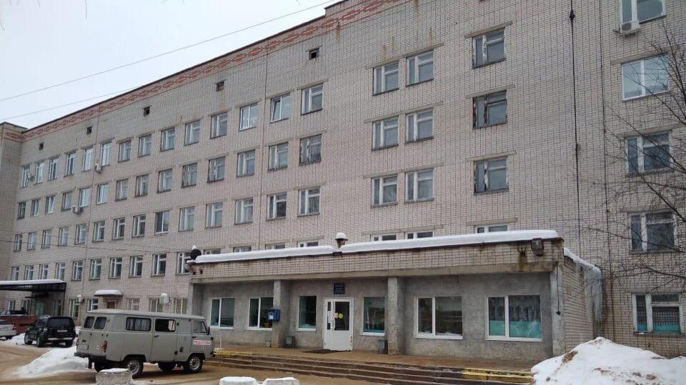 Подрядчик исправит ошибки, допущенные при ремонте крыши Переславской ЦРБ